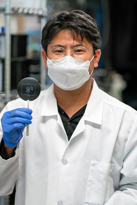 portrait of arum han in the lab